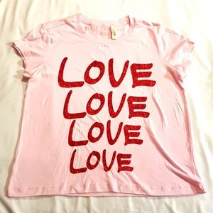 New pink tshirt size small